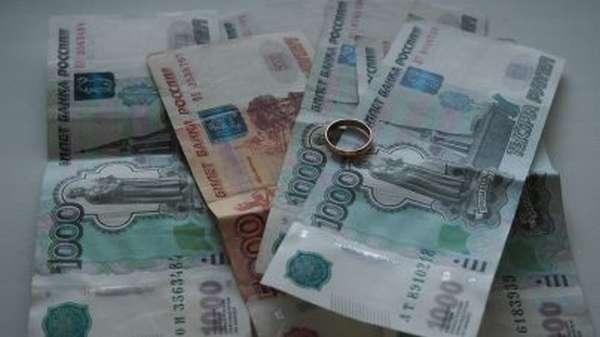 Могут ли приставы арестовать имущество жены за долги мужа?