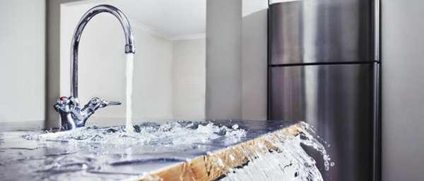 Соседи затопили квартиру: что делать и куда обращаться?