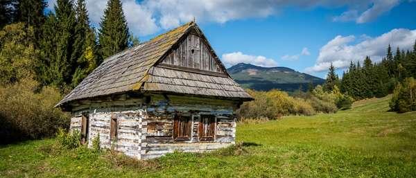 «Закон о самострое»: с 1 июля 2018 года у россиян не будут отнимать земельные участки