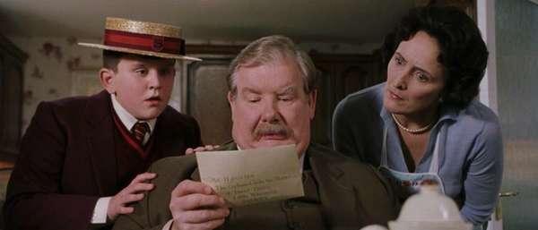 Заказное письмо «ДТИ-Шарапово» – кто отправляет и стоит ли получать?