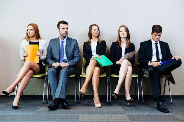особенности устройства на работу молодых специалистов